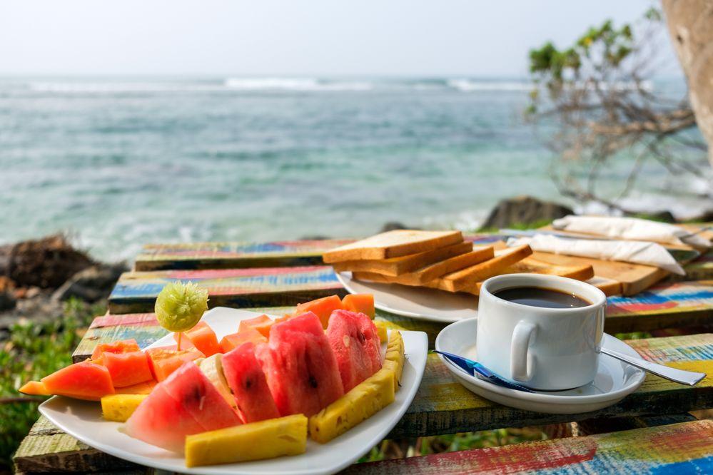 fruit_plate_ocean_view.jpg
