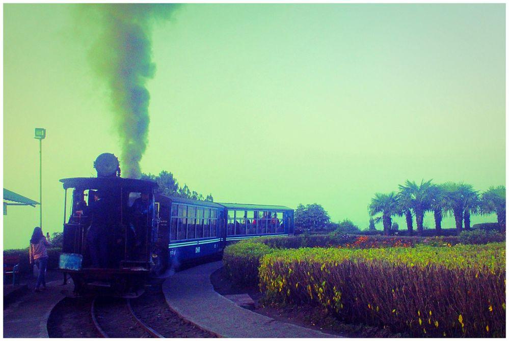 Panoramic View to toy Train (Darjeeling)