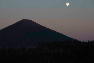 Moon Over BlackButte-1.jpg