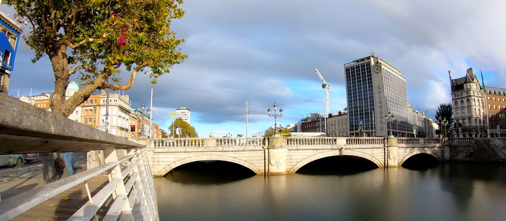 Liffey Timelapse to Long Exposure Stack Panoramic Ireland.jpg