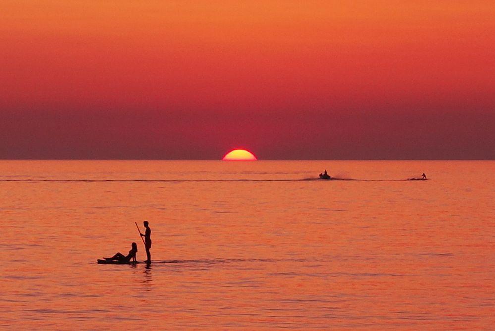 sunset_paddling.jpg