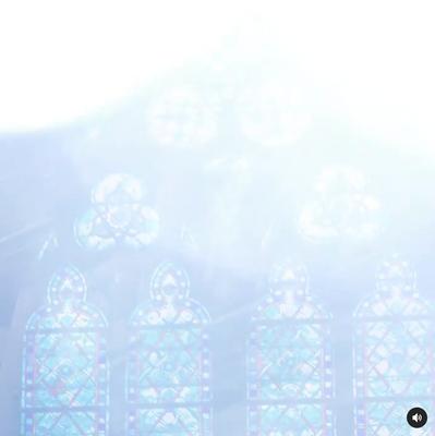 Light burst to hide the color shift