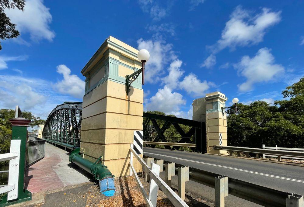 Bundaberg Kennedy Bridge II.jpg