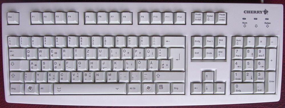 German-T2-Keyboard-Prototype-May-2012.jpg